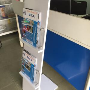 Kệ để tạp chí bằng gỗ